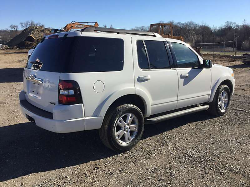 2010 ford explorer for sale 101 862 miles plymouth meeting pa 9016136. Black Bedroom Furniture Sets. Home Design Ideas