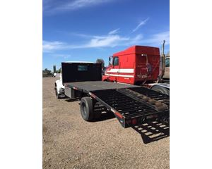 International 4700 Farm / Grain Truck