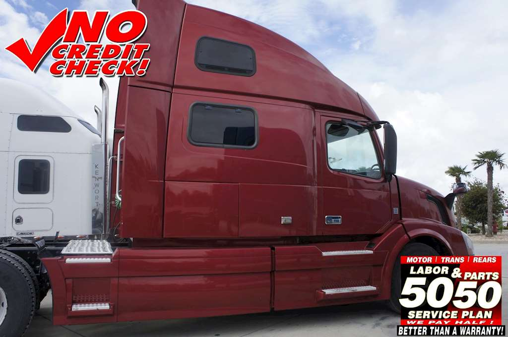 2012 Volvo 780 Sleeper Semi Truck For Sale | Gulfport, MS | 4738 | MyLittleSalesman.com