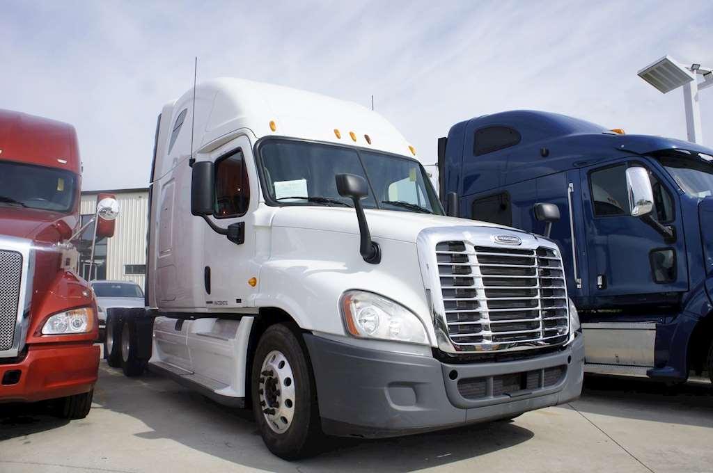 2012 freightliner cascadia sleeper truck for sale gulfport ms 4695. Black Bedroom Furniture Sets. Home Design Ideas