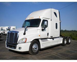 Freightliner Cascadia 125 Sleeper Truck