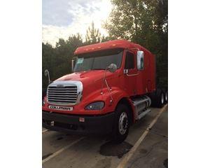 Freightliner FLD120 Sleeper Truck