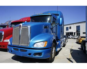 Kenworth T600 Sleeper Truck