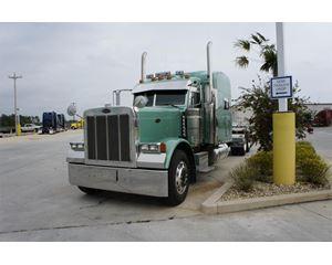 Peterbilt 379EXHD Sleeper Truck