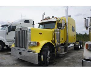 Peterbilt 379X Sleeper Truck