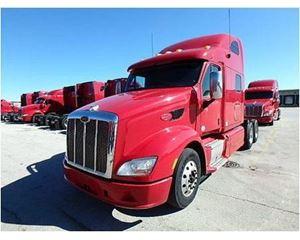 Peterbilt 587 Sleeper Truck