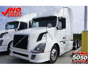 Volvo VNL64T630 Sleeper Truck