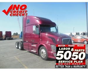 Volvo VNL64T670 Sleeper Truck