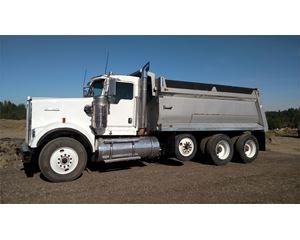 Kenworth W900S Heavy Duty Dump Truck