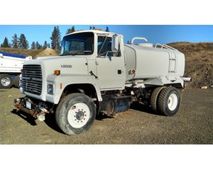 Ford LN8000 Water Wagon