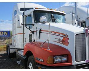 Kenworth T600 Sleeper Truck