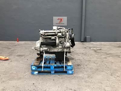 2004 Mercedes-Benz OM906LA Engine