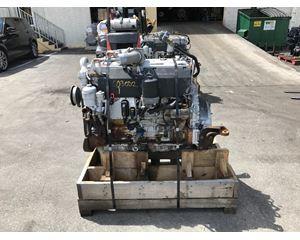 2005 Mercedes-Benz OM906LA Engine