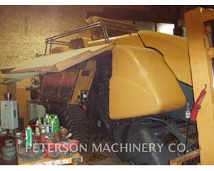 Challenger LB34B Hay / Forage Equipment