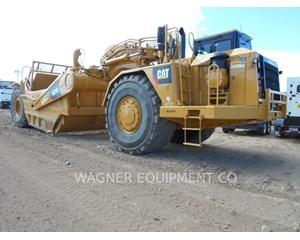 Caterpillar 631G Scraper
