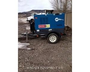 Miller BIG BLUE 500 Welding Equipment
