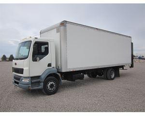 Peterbilt 220 Box Truck / Dry Van