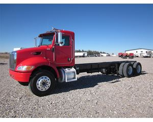 Peterbilt 348 Heavy Duty Cab & Chassis Truck