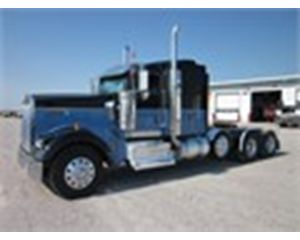 Kenworth W900L Conventional Sleeper