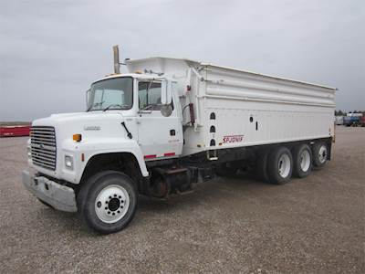 1995 Ford LNT9000 Tri Axle Farm / Grain Truck, Cummins M11, 310HP, Manual