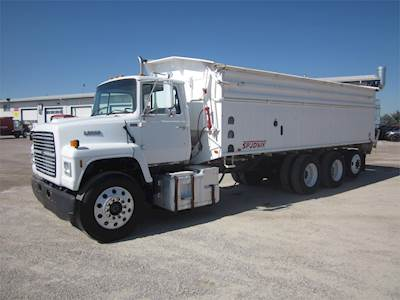 Grain Trucks For Sale >> 1995 Ford Lnt9000 Tri Axle Farm Grain Truck Cummins M11 310hp Manual