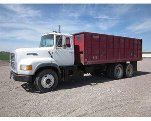 Ford LTL9000 Farm / Grain Truck