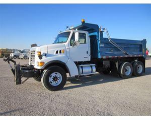 Sterling LT9501 Heavy Duty Dump Truck