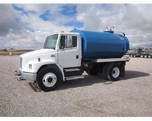 Freightliner FL70 Water Tank Truck
