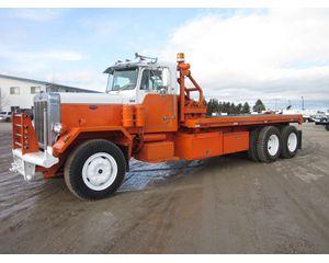 Peterbilt 353 Winch Truck