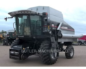 Gleaner R65 Combine