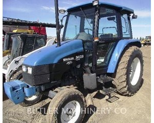 Ford / New Holland 5635 Tractor