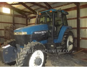 Ford / New Holland 8670 Tractor