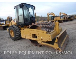 Caterpillar CP56 Padfoot Compactor