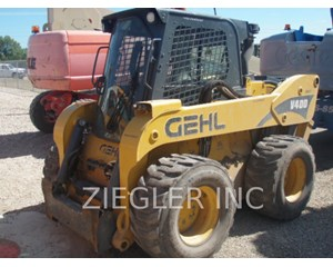 Gehl V400 Skid Steer Loader