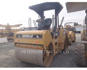 Caterpillar CB-434D Asphalt Paver