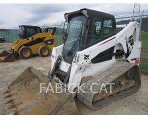 Bobcat T650 Crawler Dozer