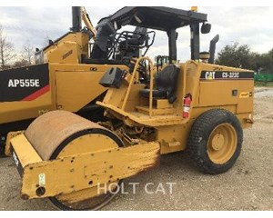 Caterpillar CS323C Smooth Drum Compactor