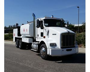 Kenworth T800 Fuel / Lube Truck