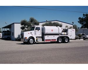Peterbilt 357 Fuel / Lube Truck