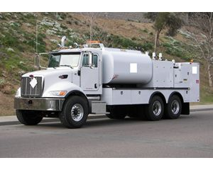 Peterbilt 335 Fuel / Lube Truck