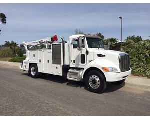 Peterbilt 335 Mechanic Truck