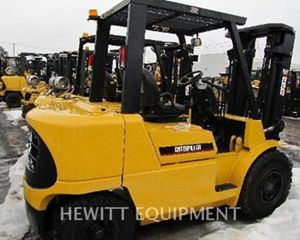 Caterpillar DP40K Forklift