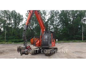 Hitachi ZX135US Harvester