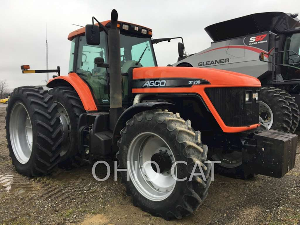 Agco Tractor Front Fenders : Agco dt a tractor for sale hours liberty