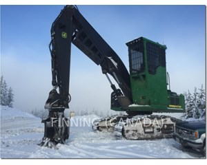 John Deere 2954D Log Loader