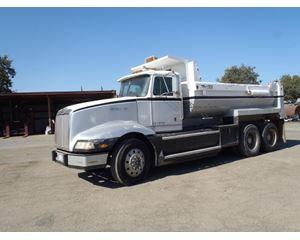 Western Star 5964S Heavy Duty Dump Truck