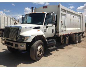 International 7400 Garbage Truck