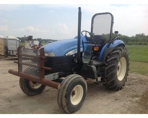 New Holland TD80D Tractors - 40 HP to 99 HP