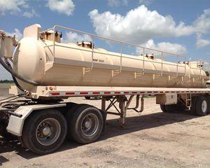 Proco Vacuum Tank Trailer