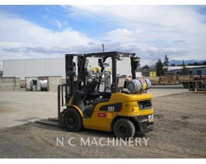 Caterpillar P5000 Forklift